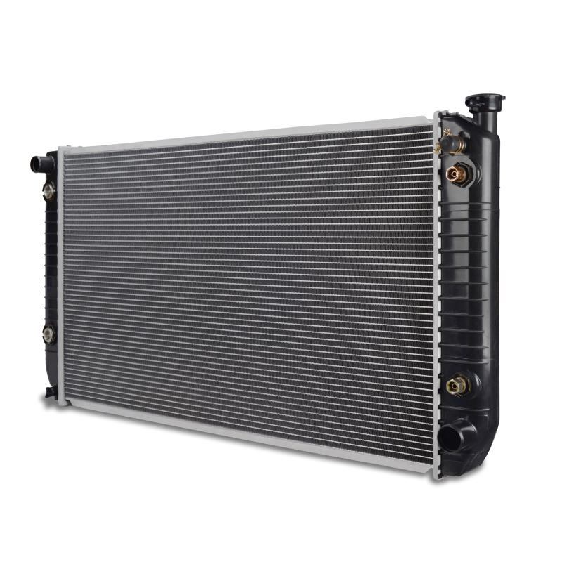 Chevrolet C/K 2500/3500 7.4L V8 w/out Raised Filler Neck Replacement Radiator, 1994-2000
