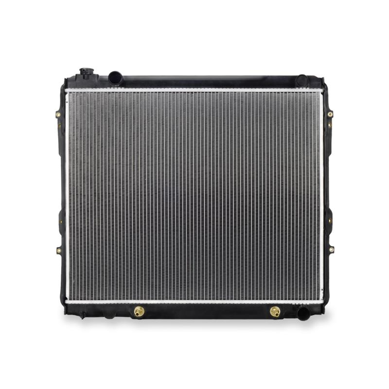 Toyota Tundra V8 Replacement Radiator, 2000–2006