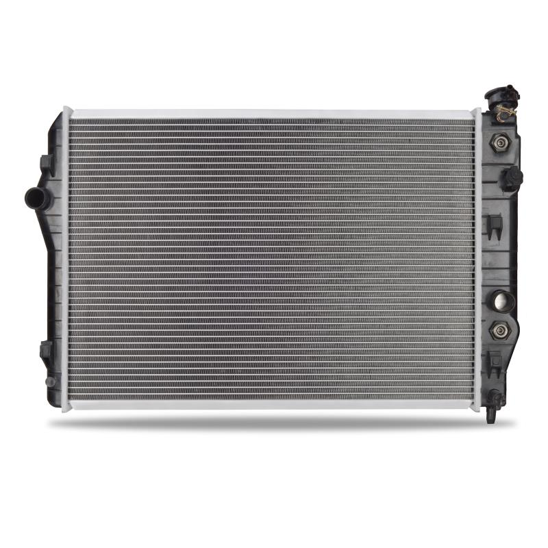 Chevrolet Camaro V8 Replacement Radiator, 1998–1999