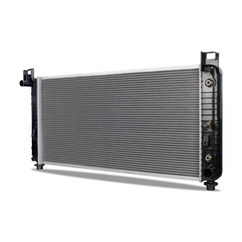 Hummer H2 w/o Engine Oil Cooler Replacement Radiator, 2003-2009