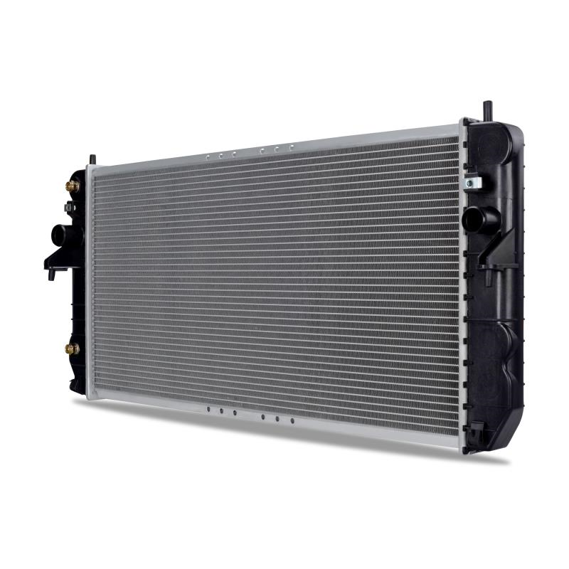 Cadillac DeVille Replacement Radiator, 2001–2005