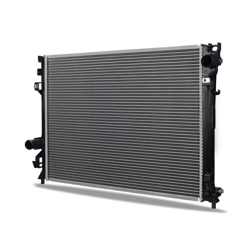 Chrysler 300 with Heavy Duty Cooling Replacement Radiator, 2005-2008