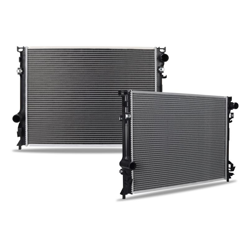 Chrysler 300 With Heavy Duty Cooling Replacement Radiator