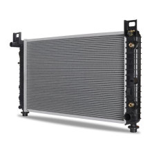 "Chevrolet Tahoe / GMC Yukon 4.8L/5.3L with a 28 1/4"" Core & w/o EOC Replacement Radiator, 2000-2006"