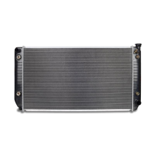 Replacement Radiator, fits Chevrolet C/K 2500/3500 7.4L V8 w/out Raised Filler Neck 1994-2000