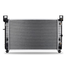 "Chevrolet Suburban 1500  5.3L with a 28 1/4"" Core & w/o EOC Replacement Radiator, 2000-2005"